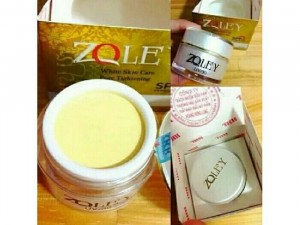 Face Zoley Trắng