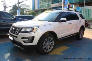 Khuyến mãi mua xe Ford Explorer 2017, giao xe...