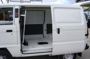 Bán xe Suzuki Blind Van giá tốt hỗ trợ trả góp