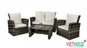 Chuyên sản xuất bàn ghế dùng cho các công trình quán