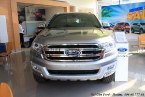 Khuyến mãi mua xe Ford Everest Trend 2018 - Hotline: 0966877768 (24/24)