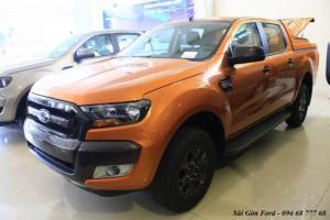 Khuyến mãi mua xe Ford Ranger Wildtrak 2.2L, số tự động, vay trả góp chỉ 150 triệu, giao xe tháng 10/2017