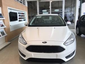 Khuyến mãi mua xe Ford Focus Trend, 4 cửa, số tự động, vay trả góp chỉ 150 triệu