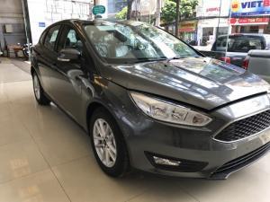 Khuyến mãi mua xe Ford Focus Trend, 5 cửa, số tự động, vay trả góp chỉ 150 triệu