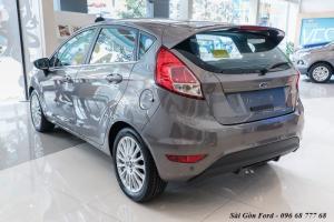 Phía sau xe Ford Fiesta Sport 2018, số tự động, vay trả góp chỉ 100 triệu