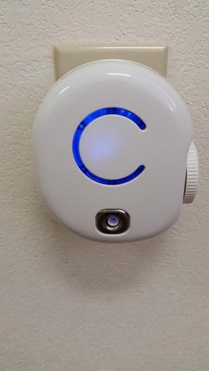 Máy lọc không khí, tạo khí ozone Mfresh Plug-in Ceramic Tube Ozone Air Purifier FA50