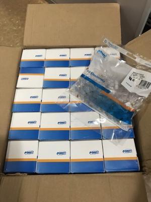 Hộp mạng Cat 5 - AMP , Made in USA Giá : 220.000 VNĐ Chi Tiết: Hàng chính hãng AMP, 100 Hạt/1 Hộp