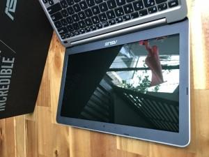 Laptop asus E200HA, Z8350, 2G, 32G, giá rẻ
