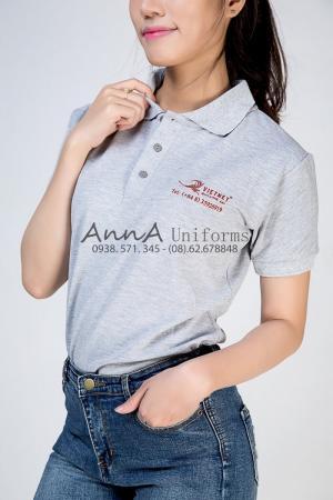 Đồng phục áo thun nữ của VietNet với chất liệu thun cao cấp, hình ảnh nổi bật giá trị thương hiệu được thực hiện bởi AnnA Uniforms.