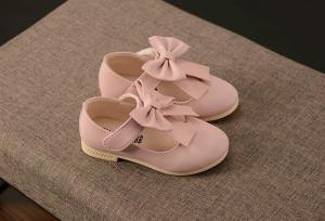 Giầy búp bê thắt nơ cho bé gái tại Baby thời trang trẻ em