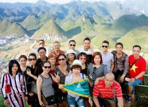 Tour Hà Giang mùa hoa tam giác mạch - Tham ra đêm nhạc Acoustic mountain music tour giữa núi rừng