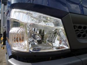 Xe tải Hyundai Iz49 2,4 Tấn Thùng Mui Bạt