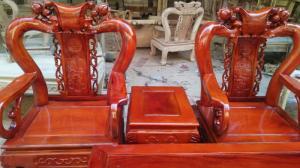Bàn ghế phòng khách - Quốc đào tay 10 gỗ xà cừ tại xưởng