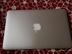 Macbook air 11inch mid 2013 i7 8gb 512ssd new 99%.Zin 100%,Xach tay My.