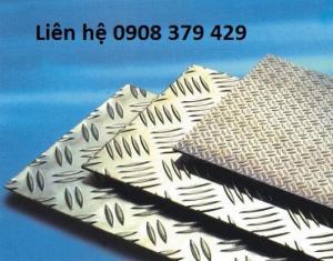 Trần Hùng chuyên bán và gia công chặt nhôm chống trượt 3x1220x2440