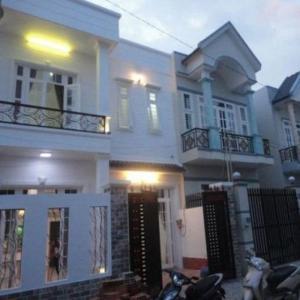 Nhà Mặt Tiền Ngay Nguyễn Ảnh Thủ, Hóc Môn, Nhà Shr Bao Sang Tên Chứng