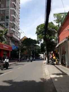 Bán nhà Mt số 50 Nguyễn Ngọc  Lộc – 4,2 x 24m, trệt, 3 lầu, nhà rất đẹp, Mt đường 12m