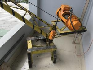 Thanh lý máy tời điện xây dưng có trụ tời vật...