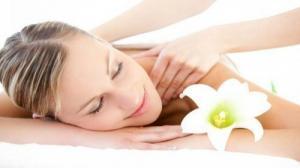 Xoa bóp bấm huyệt là một phương pháp trị liệu, một loại hình thư giãn.