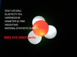 Banh golf phát sáng - giải pháp chơi golf ban đêm