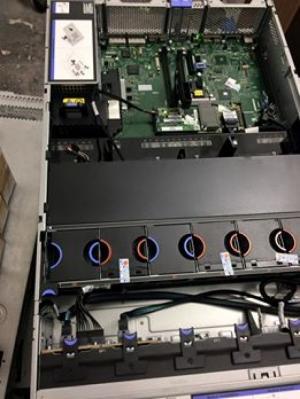 Máy Chủ Lenovo X3650M5 CO/CQ