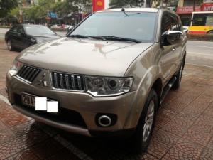 Mitshubishi Pajero Sport 2.5 máy dầu số tự động , Sản xuất 2011