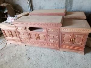 Kệ tivi kiểu mõ nồi giữa , gỗ hương đỏ