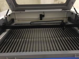 Máy laser cắt vải, máy laser cắt phi kim tự động