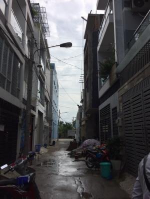 Bán nhà đường số 8 Hiệp Bình Phước Dt: 4,5x13.  giá 3,2 tỷ