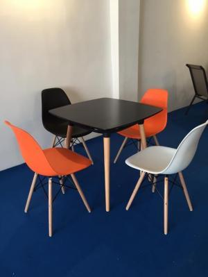 Ghế nhựa chân gỗ nhập giá cạnh tranh chỉ,ghế nhập bao đổi..