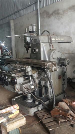 Bán máy phay ngang HITACHI SEIKI 400X800 máy đã qua sử dụng