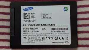 Ổ cứng laptop Samsung 256GB SSD SATA 3