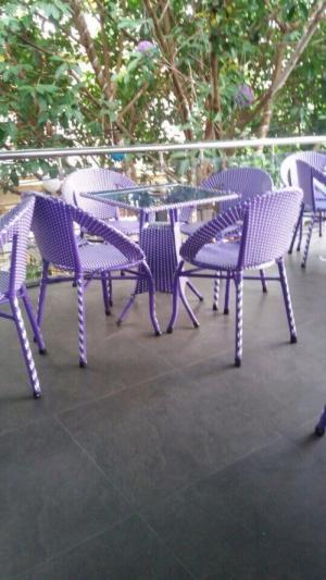 Cần thanh lý bàn ghế xuất khẩu giá rẻ nhất