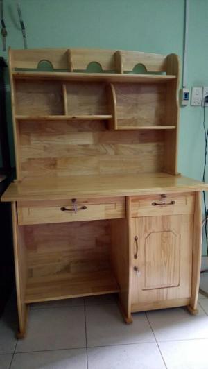Bàn học sinh có kệ gỗ tự nhiên 1m2 giao hàng miễn phí HCM, BH 12 tháng