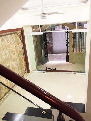 Nhà 3,5T mặt ngõ Trần Nguyên Hãn, sân cổng riêng, buôn bán KD nhỏ được, TN, chỉ 1,42 tỷ TL