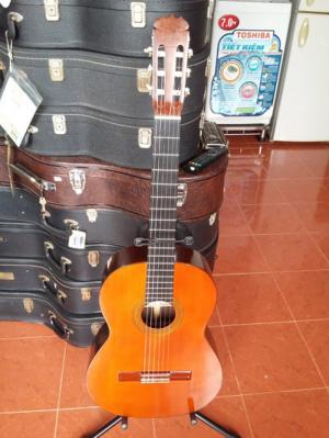Sumio Kurosawa guitar sản xuất năm 1965