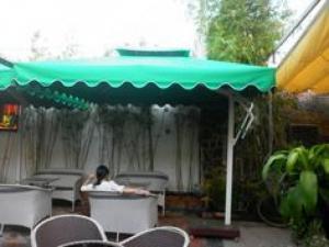 Ô dù phục vụ cho các công trình quán cafe sân vườn giá rẻ..