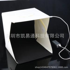013 lồng chụp sản phẩm 35x35cm có led