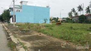 Bán lô đất biệt thự, đối diện bàu sen, gần ngay trung tâm hành chính Huyện