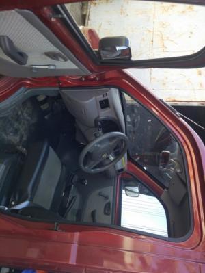 Bán xe tải nhỏ dongben 810kg thùng bạt động cơ suzuky công nghệ GM Mỹ trả góp