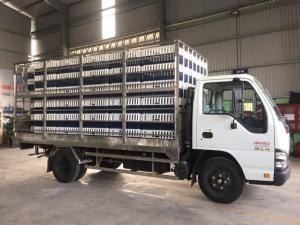 Xe tải Isuzu QKR55H thùng chở gia cầm