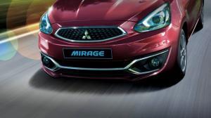 trước viền crôm Phần cản trước của xe được tăng cường các chi tiết viền crôm tinh tế và sang trọng.