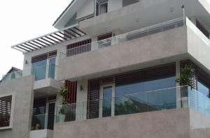 Bán cao ốc VP mặt tiền quận 3, Hầm 7 lầu Nguyễn Đình Chiểu, dt: 10x18, Giá 80 tỷ