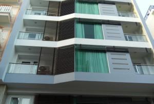 Bán tòa nhà  8 tầng mặt tiền trung tâm Q3, Cách Mạng Tháng 8, phường 11, dt 12,5x25m