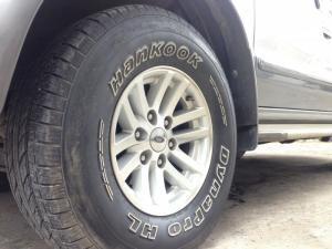 cần bán xe Ford Everest 2006 số sàn máy dầu màu bạc xe gia đình