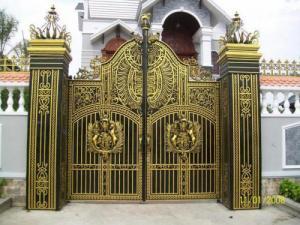 Làm cổng sắt nhà ở biệt thự