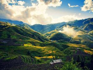 Tour Hạ long - Tuần Châu - sapa 4 Ngày Trọn Gói