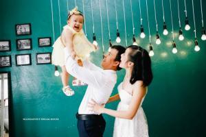 Chụp hình album gia đình ở đâu tại HCM chuyên nghiệp và dễ dàng ?