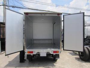 Bán xe tải Suzuki 750 Kg, thùng kín nhập khẩu Indonesia