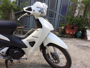 Honda Wave A ,nguyên zin,màu trắng, xe đẹp lung linh